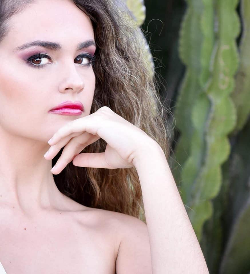 Ainhoa González  Imágen del Spot de Los Premios Oriana